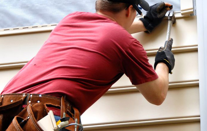 Vinyl Siding Repair Services