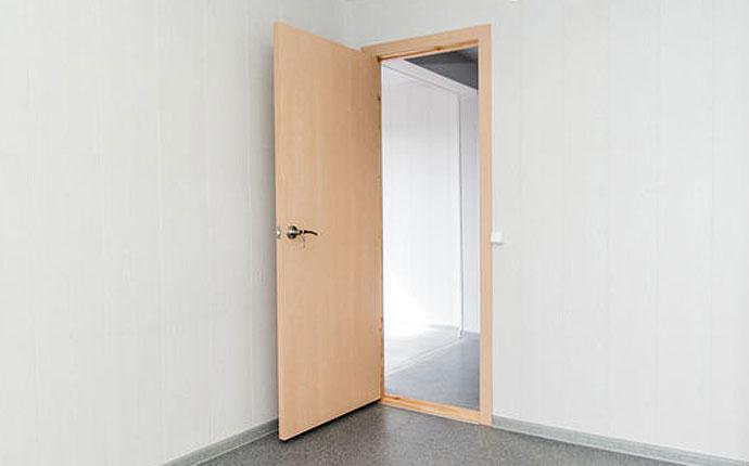 Commercial Fiberglass Door