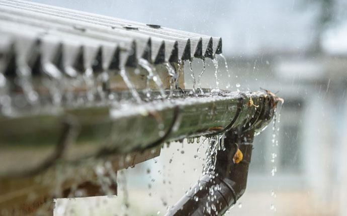 Water Overflowing Gutter Repair