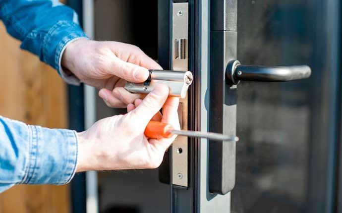 Commercial Door Replacement Experts