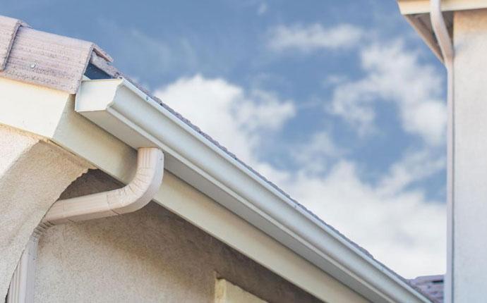 Seamless Gutter Installation Benefits